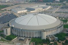 Opened in the Astrodome in Houston, Texas was home to the Houston Astros, Houston Oilers, and Roy Hofheinz. Whos Roy Hofheinz? Hes the former Mayor of Houston and pioneer of modern stadiums that built a private home in this revolutionary building. Houston Oilers, Houston Tx, Houston Livestock Show, Baseball Park, Baseball Odds, Baseball Games, Nfl Stadiums, Ultimate Man Cave, Sports Stadium