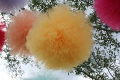 How to make tulle pom poms - beautiful for Spring!