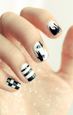 #nails #black #white