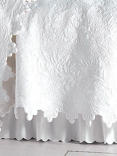 20 ideas for shabby chic quilts french country bed linens