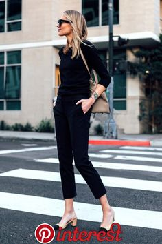 Blond woman with black sweater Ann Taylor Chanel Slingback black ankle pants . - Blond woman with black sweater Ann Taylor Chanel Slingback black ankle pants … - Mode Outfits, Fall Outfits, Casual Outfits, Fashion Outfits, Travel Outfits, Fashion Blogger Style, Work Fashion, Fashion Top, Fashion Fall