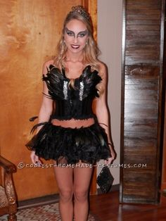 Do-it-Yourself Elegant Black Swan Costume... This website is the Pinterest of costumes