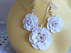 white lacy necklace and earrings set