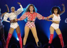 Beyoncé: de outfits van de Formation World Tour   ELLE