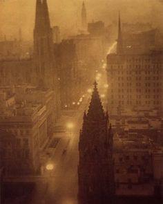 A L Coburn, Fifth Avenue from the St Regis, 1905