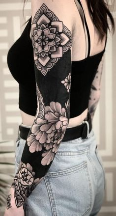 awesome blackout tattoo ideas for girls © tattoo artist © Jack Peppiette 💗💗💗💗💗 Black Sleeve Tattoo, Solid Black Tattoo, Best Sleeve Tattoos, Sleeve Tattoos For Women, Black Tattoos, Body Art Tattoos, Tribal Tattoos, Tattoos For Guys, Black Tattoo Cover Up