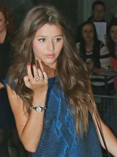 @Eleanor Smith Smith Calder you're insecure, I don't know what for because you're the most perfect person to exist ! I just see an absolutely flawless girl..haha, Love you beautiful sis, are always in my heart! Xxxxxxxx -Soph