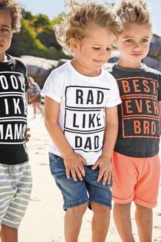 We are family! They may not say it all the time, but they're definitely thinking it! Fun graphic tees for aaaall the family! Diy Kids Shirts, Boys T Shirts, T Shirts With Sayings, Family Tshirt Ideas, Family Tees, Cool Graphic Tees, Kids Prints, Vinyl Tshirt, Kids Graphics