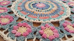 Queen Mandala CAL 2016 designed by Annamarie Joubert-Esterhuizen, Proudly South African.  MoYa 100% cotton yarn used.  Finished size to be 170cm in diameter.  Beautiful as a round throw.