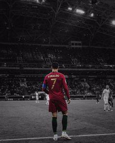 """È scritto """"il migliore del mondo"""", si legge @cristiano Ronaldo. @juventus, cuida bem do nosso capitão! Juve, take good care of Ronaldo!…"""