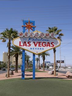 Las Vegas, NV - Celebrating my sister's 21st Bday - 2011