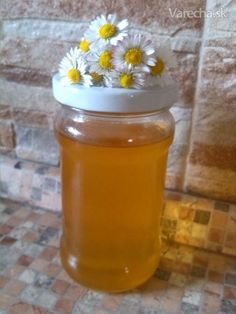 Sedmokráskový med Health Remedies, Pickles, Smoothie, Mason Jars, Food And Drink, Honey, Cooking Recipes, Homemade, Canning