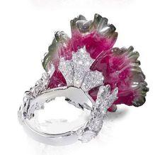 кольцо с резным арбузным турмалином