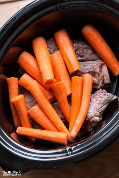 Slow Cooker Short Ribs, Carrots and Garlic Tomato Gravy