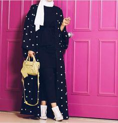 Image about hijab fashion in Hijab by Maryam Farhannah Hijab Fashion Summer, Abaya Fashion, Modest Fashion, Fashion Outfits, Mode Abaya, Mode Hijab, Abaya Designs, Estilo Abaya, Mode Kimono