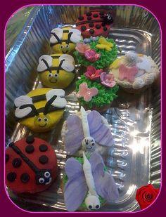 spring cupcakes  fondant bugs