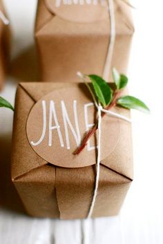 10 beautiful brown paper wrapping ideas. This one by projectwedding.com