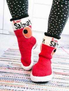 Nordic Yarns and Design since 1928 Crochet Socks, Diy Crochet, Knitting Socks, Hand Knitting, Knitting Patterns, Woolen Socks, Cute Diys, Knitting Accessories, Knitting Projects