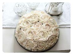Nydelig kake til bryllup! (Villaverolu)