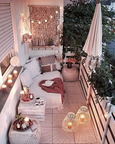 Bohemian Chic Decor, Bohemian Bedroom Decor, Boho Room, Diy Bedroom Decor, Living Room Decor, Home Decor, Bedroom Romantic, Modern Bohemian Bedrooms, Bohemian Garden Ideas