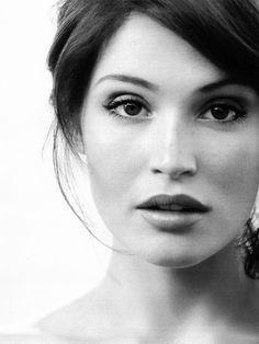 Gemma Arterton - so beautiful as Tess of the D'Urbervilles