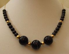 """14k Solid Gold Sardonyx, AAA Black Spinel and 14k Gold Round Beads Necklace 16"""". 22.08g"""