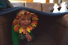 Play Through The Bible - Daniel and the Lions Den activities and crafts
