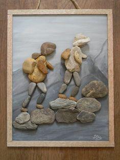 Bild von Kavics: Harsányi M. Pebble Stone, Pebble Art, Stone Art, Stone Crafts, Rock Crafts, Arts And Crafts, Rock Sculpture, Rock And Pebbles, Found Object Art