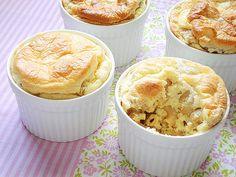 Macaroni and Cheese Soufflé