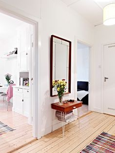 my scandinavian home: White with splashes of colour