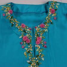 blusa bordada en cintas