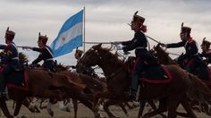 Granaderos de San Martin a la carga Honor Guard, Military Love, Rey, Horses, Animals, Armed Forces, Earth, History, Animales