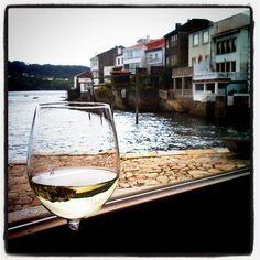 Wine, Redes. A Coruña  http://www.ociocoruna.es