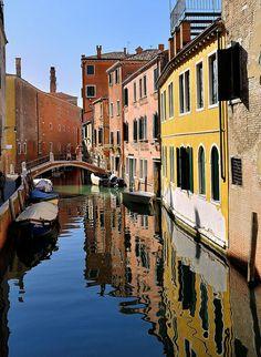 Venice : Rio de le Romite