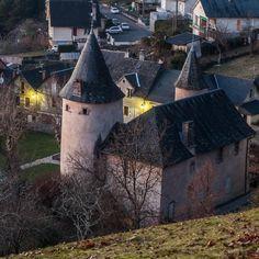 Allassac (Corrèze, France) – Le manoir des tours #PhilippeGraillePhotographie #Allassac #brivetourisme #igerscorreze #zecorreze #Vezereardoise #Paysdartetdhistoire #igerslimousin #geoculturelim #NouvelleAquitaine #architecture #archilovers #archidaily #architexture #architecturelovers #patrimoine #heritage #monument #ig_france #bw_france #jaimelafrance #magnifiquefrance #bns_france_ #loves_france_ #bestfrancepics #MerveillesdeFrance #mypushup https://www.mypushup.com