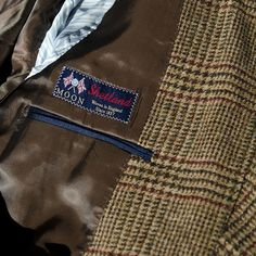 Tweed Saville Row made in England.  No dejes de conocer nuestros tweeds echos en Inglaterra. 100% lana. #lana #wool #tweed #england #made #man #sastreria #savillerow #hombre #elegancia #sofisticación #delicadeza #buenvestir