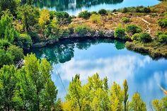 Verdes de otoño   Autumn Greens  Barrera tobacea entre las Lagunas Colgada y Batana #nature #photography