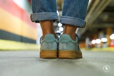 fa4a5abdd9 Nike Women's Air Force 1 '07 SE Mica Green/Gum sneaker - AA0287-301