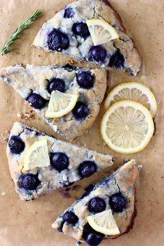 Gluten free vegan blueberry scones with some slices of lemon Gluten Free Scones, Vegan Scones, Gluten Free Blueberry, Gluten Free Desserts, Vegan Desserts, Vegan Gluten Free, Gluten Free Recipes, Dairy Free, Vegan Vegetarian
