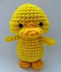 Ravelry: Free crochet Yellow Duckling pattern by Justyna Kacprzak Crochet Birds, Easter Crochet, Cute Crochet, Crochet Animals, Crochet Baby, Knit Crochet, Amigurumi Free, Crochet Amigurumi, Amigurumi Patterns