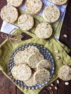 Pistachio, Rosewater and Cardamom Shortbread Cookies, cookies even this nut hater couldn't stop eating