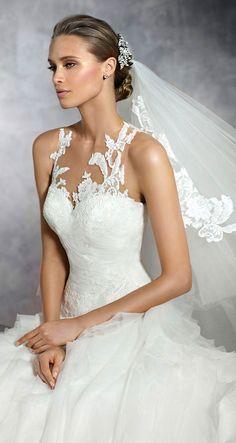 wedding dress; wedding dresses