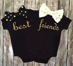 Best Friends Onesies, Twin Bodysuits, Black and Gold Best Friends Bodysuits, Best Friend Shirts, Twin Shirts Twin Baby Clothes, Twin Baby Gifts, Twin Baby Stuff, Cute Baby Girl, Cute Babies, Baby Baby, Baby Girls, Twin Girls Outfits, Toddler Fashion