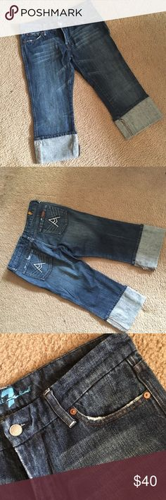 7 for All Mankind crop A pocket capris. Excellent condition cuffed capris. 7 For All Mankind Jeans Ankle & Cropped