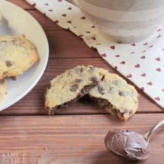 Miss Blueberrymuffin's kitchen: Chocolate Chip Cookies mit geheimer Nutella-Füllung