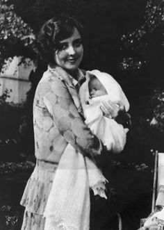 Sara Taylor and her daughter Elizabeth Taylor. Elizabeth Taylor was destined to be a star look at her mother.