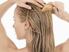 wide-toothed comb to reduce the risk of the hair breakage