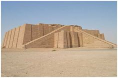 The Ziggurat at Ur, Mesopotamia, Iraq Neo Sumerian period 2100 BC Built fot the moon godess Ancient Near East, Ancient Ruins, Ancient Art, Ancient History, Art History, Ancient Mesopotamia, Ancient Civilizations, Ramses, Naher Osten