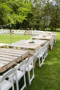You'd be surprised at all of the things you can DIY for your own outdoor wedding! Check out this list: from pallet tables to cake toppers, it's bound to give you some DIY inspiration. wedding diy My DIY Wedding: Reception Pallet Wedding, Outdoor Wedding Reception, Outside Wedding, Wedding Backyard, Diy Wedding Tables, Wedding Night, Wedding Centerpieces, Centerpiece Ideas, Reception Decorations