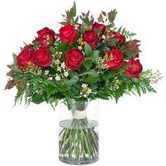 Christmas Wreaths, Glass Vase, Holiday Decor, Flowers, Home Decor, Decoration Home, Room Decor, Royal Icing Flowers, Home Interior Design